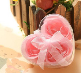 Wholesale Soap flower Rose petals box Wedding gifts Birthday gifts Valentine s day gifts Mother s day gifts box Color random delivery