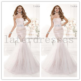Wholesale New Arrival Tarik Ediz Fashion Strapless Mermaid Ivory Organza Formal Evening Gowns Prom Celebrity Dresses with Delicate Beads