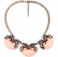 Women's adorn designs fashion - Shell design pendant collar necklace adorned with crystals vintage jewelry gift fashion women short necklace antique bronze wide chain
