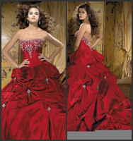 Wholesale STRAPLESS Wedding Dress A line Burgundy Red White Color Accent Bridal Wedding Gown R39