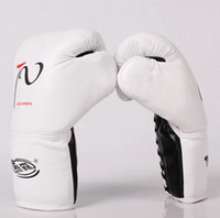 Wholesale MUAY THAI BOXING GLOVES GEAR PU LEATHER Four Colors