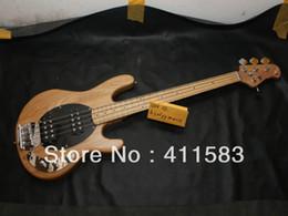 Hombre de raya de música en venta-El nuevo bajo del precio al por mayor del envío libre 4 cuerdas Guitarra baja eléctrica del color natural del StingRay del hombre de la música de la bola de Ernie