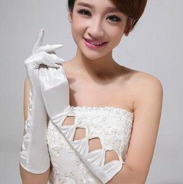 Wholesale The bride gloves dress gloves white pearl long satin bag gloves wedding accessories