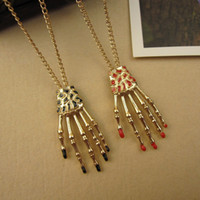 Wholesale Fashion personality skull ghost hand long necklace Skeleton Claws Necklace Halloween Gifts Jewelry