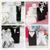 Wholesale European Special Wedding Supplies Bride and Groom Dress Candy Box Candy Bags Wedding Favor Holders