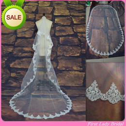 Wholesale Elegant Lowest Price Wedding White Or Ivory Bridal Veil Tulle Lace Appliqued M Long