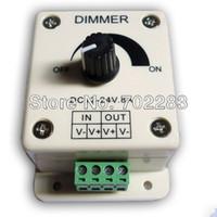 Tension contrôleur 12v Avis-10pcs 12V DC 8A 96W Bouton Commutateur LED Controller Variateur pour couleur unique tension constante lumières avec CE / ROHS LED