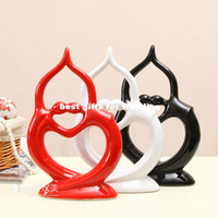 Wholesale Modern furniture home furnishing new home decorations wedding gifts ceramic technology abstract human couple
