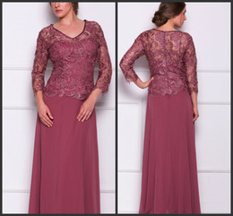2014 red lace 3 4 long sleeve v-neck mother of the bride dresses A-line floor length lace with chiffon free shipping new arrival cheap