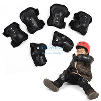 Wholesale New Hot Set Knee Pad Elbow Protection Wrist Protective Guard Pad Kid Child Skating inline Gear Black Drop Shipping TK1139