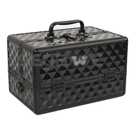 Wholesale NEW STYLE Pro Makeup Cosmetic Train Case w Key Lock Aluminum ABS Inches