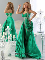 Wholesale Plus Size Arabic Evening Ball Gowns Halter Green Backless Jajja Couture Dress Ball Long Chiffon Prom Dresses Cheap Sexy Crystal Fashion
