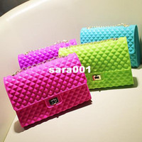 Wholesale Lulu house spring and summer seven multicolour neon color shoulder bag candy color silica gel jelly chain bag beach bag
