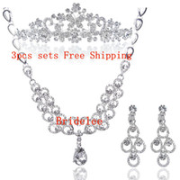 Wholesale Three piece wedding dress bridal jewelry wedding bridal headdress Korean crown necklace big hair bands hair ornaments accessories