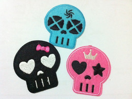 Wholesales~30 Pieces Mixed 3 Colors Lovely Skull Kids Patch Embroidered Iron On Applique Patch Kawaii Patch