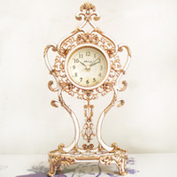 Mechanical Desk Clocks Metal Mapleleaf clock fashion rustic metal fashion mute clock 8008 movement
