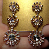 Wholesale 87 fashion accessories created diamond daisy luxury aesthetic earrings drop earring