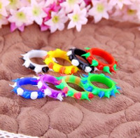 mens jewelry cheap - Fluorescence Silicone Couple Finger Rings Womens Mens Personalized Ring Jewelry The Cheap