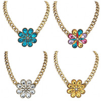 Wholesale Bohemia Crystal Flower Necklace Jewelry Womens Fashion Acrylic Gemstone Pendant Necklaces