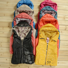 Wholesale Hot selling winter new women s down vest turn down collar hoodded casual fashion all match