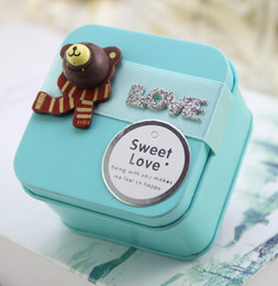 Wholesale Korean Style Cute Bears Love Tin Candy Favors Holders Colorful Wedding Party Candy Boxes Gift Candies Boxes B2656