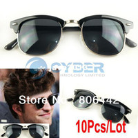 Wholesale Black Sunglasses Vintage Fashion Retro Framed Sunglasses Unisex Designer Glasses