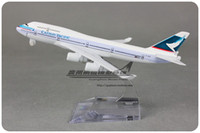 Wholesale 1 cm Airplane Model Hong Kong Airlines Boeing B747 Airway Aircraft Jetliner Alloy Plane Model Diecast Souvenir Vehicle Toy