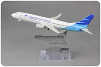 Wholesale 1 cm Airplane Model Indonesia Garuda Airlines Boeing B737 Airways Aircraft Jetliner Alloy Plane Model Diecast Souvenir