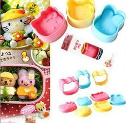 Wholesale Factory Price Safe Baby Cute Plastic Sushi Rice Moulds KT Cat Rabbit Bear Shapes Let Baby Loving Eating