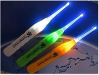 Wholesale Creative Household Retail in Plastic Flashlight Earpick Lighting Ear Cleaner