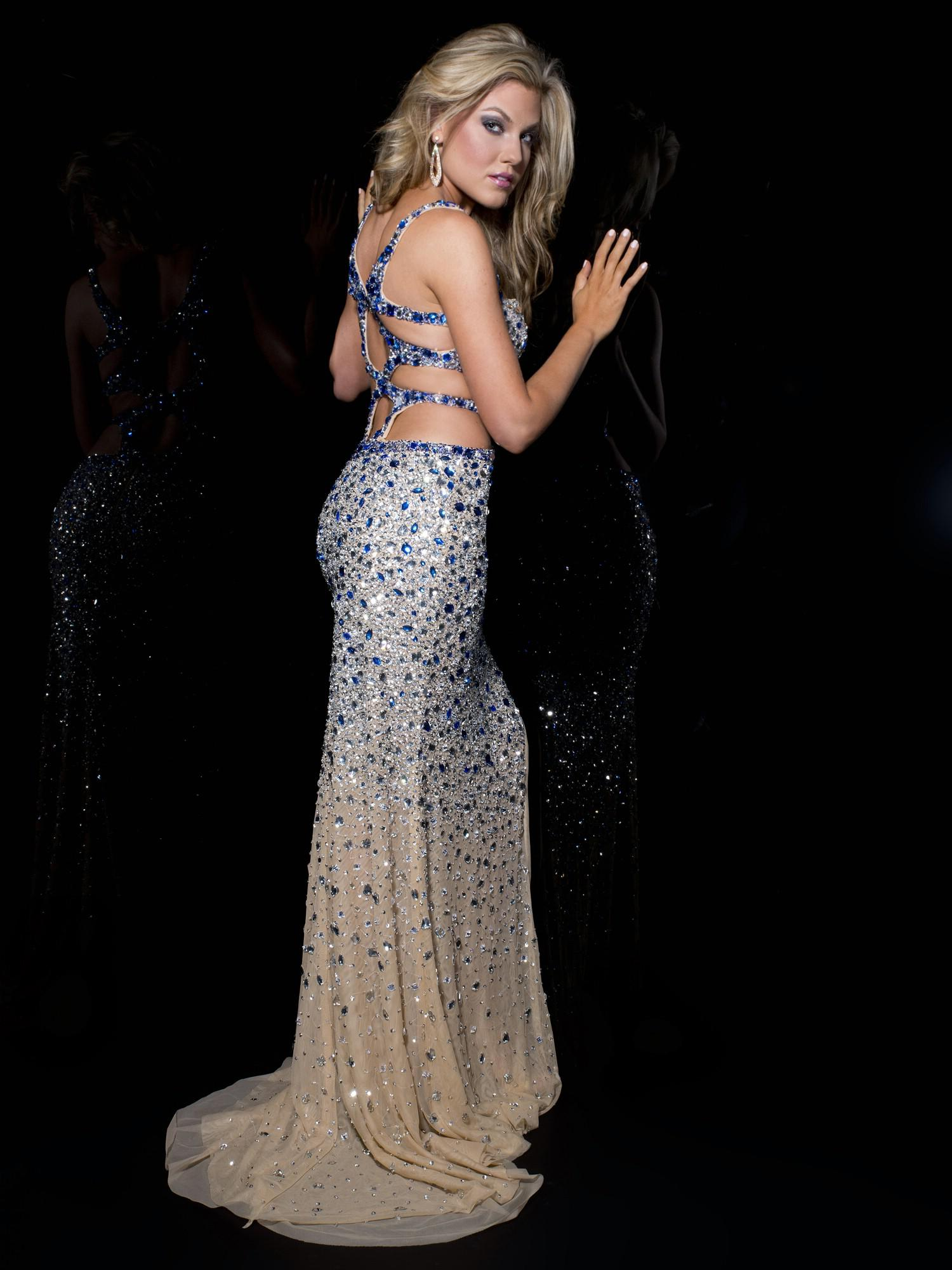 Georgous Side Cut Out Prom Dresses 46