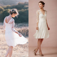 Wholesale 3 Long Sleeves Lace Backless Knee Length Bridesmaid Dress V Neck A Line Chiffon Beach Wedding Gown