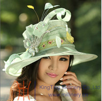 Wholesale Women Sinamay Church Hat Ladies Hat Winter Dress Top Hat Light Green Sinamay Hat Feathers Brooch Elegant Fashion Free EMS Shipping