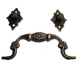 Wholesale of Vintage Antique bronze drawer Handle door cabinet hardware pull deco S