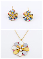 Wholesale 2014 Womens Western Jewelry Sets Mix Colors One Flower Shape Pendant Necklaces Alloy and Shell Earring Fashion Jewelry Sets xl00402 ed00305