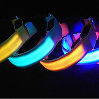 Wholesale Pet Dog Cat LED Glow Collar Nylon Electric Training Lights Collars Products for Dogs