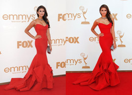 Wholesale Hot Sale Emmy Awards Celebrity Red Carpet Dresses Strapless Sweetheart Neck Mermaid Floor Length Nina Dobrev Stunning Red Evening Gowns