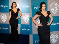 Vestidos cortos kim kardashian España-Venta caliente Kim Kardashian Golden Globe Premios Vestidos de la celebridad Vestidos de la alfombra roja con cuello en V manga corta de encaje apliques con cuentas Negro noche largos