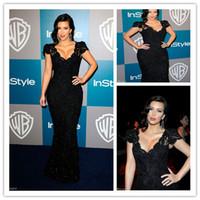 Cheap Kim Kardashian Golden Globe Awards Black Lace Evening Dresses Cap Sleeves V Neck Lace Mermaid Celebrity Red Carpet Dress