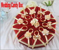 Wholesale Cake Shape Paper Candy Boxes with Flower Bowknot Ribbon for Romantic Wedding Favors Party Gift Boxes Holders