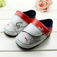 Wholesale Hot selling branded baby shoes Soft outsole baby first walkers new baby sports shoes