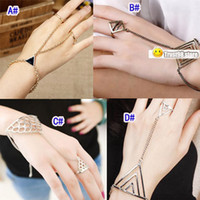 Wholesale Vintage Slave Ring Bracelet style mix Europe Rock Nightclub Hand chain link ring attached Bracelets Women Men cheap Fashion Jewelry