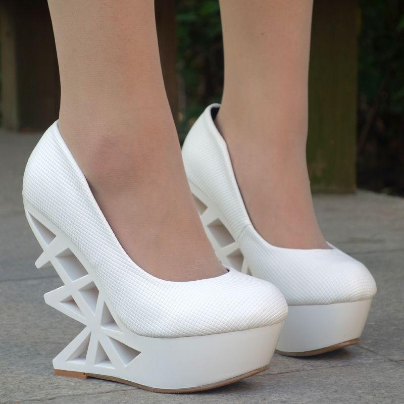 Shoes for men online   Womens shoe stores online