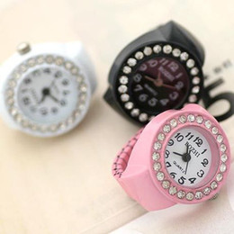 Wholesale fashion lovely mix designs finger rings watches with man-made diamond 200pcs