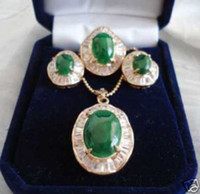 Wholesale Beautiful Set of Jade Earring Pendant Ring
