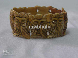 Wholesale Handicraft vividly bone men s bracelet carved Owl statue