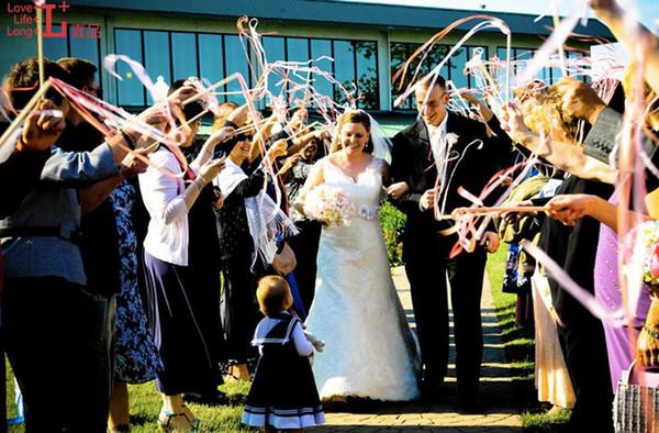 serpentins de ruban mariage faveur ruban btons de twirling baguettes avec cloches confetti mariage partie - Serpentin Mariage