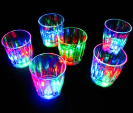 Wholesale LED cup flashing shot glasses flashing cup led shot cup flash small cup