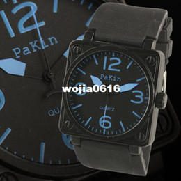 WM073 New Mens Outdoor Sport Black Dial Blue Numbers Rubber Band Quartz Wrist Watch