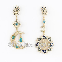 Wholesale Fashion Bijoux For Women Vintage Gothic Style Moon And Sun Design Asymmetric Drop Earrings
